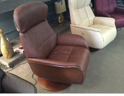 Norwegian Power Leather Recliner