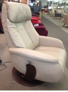 Slogen Small Power Swivel Recliner
