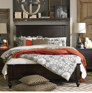 Wakefield Panel Bed in Molasses