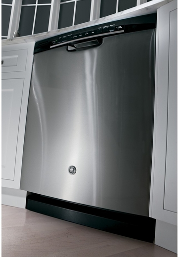 GDF520PSJSS GE Dishwasher With Front Controls & Steam