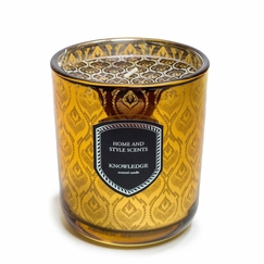 Jordan Carlyle Color Candle in Knowledge (Cinnamon, Tobacco, and Vanilla)