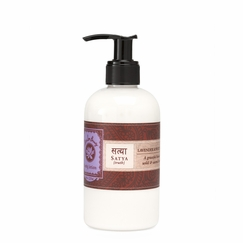 Lotus Love Beauty Body Lotion in Satya (Lavender & Sage)