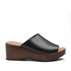 Novacas Amelia Clog in Black
