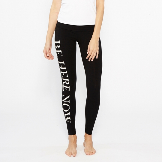 Om Girl Be Here Now Hatha Legging ( Black )