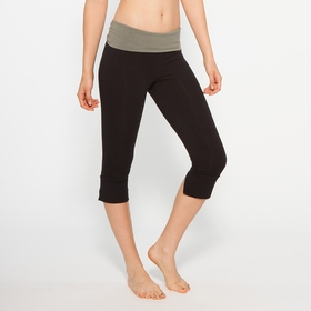 Organic Om Girl Kirtan Capri in Highline Green
