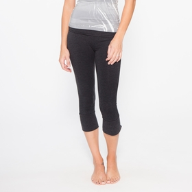 Om Girl Kirtan Capri in Black