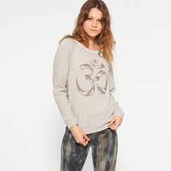 Om Girl Off Duty Sweatshirt in Concrete
