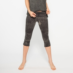 Organic Om Girl Printed Kirtan Capri in Highline Green