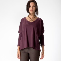 Organic Stewart + Brown Weekend V-Neck in Wine