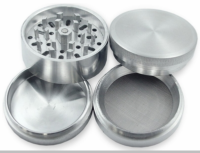 Deluxe Aluminum 3 Chamber Herb Grinder<!-- Click to Enlarge-->