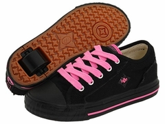 "Heelys ""Fray"" Roller Shoes (Black / Hot Pink)"
