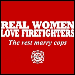 Real Women Love Firefighters Men's T- Shirt