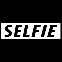 Selfie Men's T-Shirt