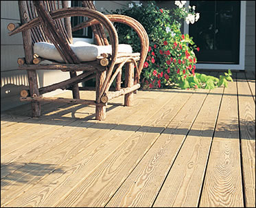 Yellawood® Deck Usage Photo