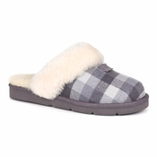 UGG Women's Cozy Flannel Slipper