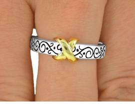 "<BR>                   LEAD & NICKEL FREE!!<bR>W9404R - TWO-TONE FILIGREE ""KISS""<bR>        STRETCH RING AS LOW AS $1.55"