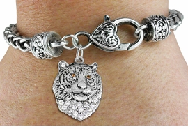 <BR>  WHOLESALE ANIMAL FASHION JEWELRY <bR>                   EXCLUSIVELY OURS!! <Br>              AN ALLAN ROBIN DESIGN!! <BR>        LEAD, NICKEL & CADMIUM FREE!! <BR>   W1534SB - ANTIQUED SILVER TONE AND <BR>CLEAR CRYSTAL TIGER HEAD CHARM <BR>      ON HEART LOBSTER CLASP BRACELET <Br>        FROM $5.98 TO $12.85 �2013