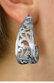 <br> WHOLESALE FASHION CLIP ON EARRINGS <Br>LEAD,  NICKEL & CADMIUM FREE!!<Br> W20858E - DETAILED ANTIQUED<Br> SILVER TONE CLIP-ON EARRINGS <br>   FROM $2.81 TO $6.25 �2013