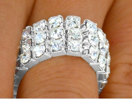 <Br> W8634R - SWAROVSKI CRYSTAL<br>THREE-ROW STRETCH BAND RING<Br>              FROM $3.94 TO $8.75