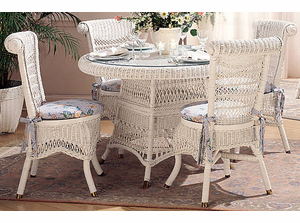 Classic Wicker Dining Set