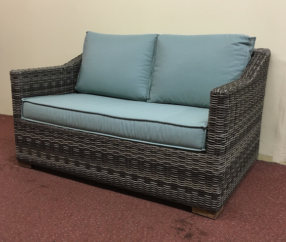 Riviera Outdoor Wicker Loveseat-Grey
