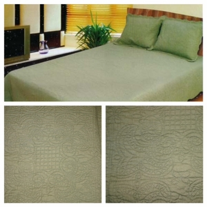 100% Cotton Filled Harmonious Mist Green Colored Quilt in Queen Size by American Hometex