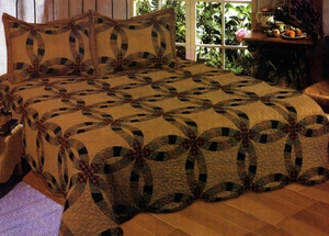 100% Cotton Filled Layla Wedding Ring Queen Size Quilt with Ringed Pattern by American Hometex