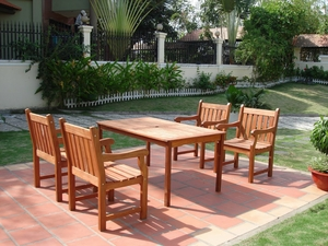 5-Piece English Garden Dining Set by Vifah