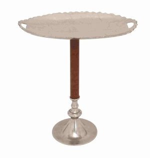 Aachen Authentic Fashionable Tray Stand Brand Benzara