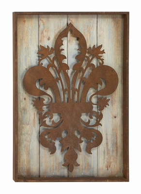 Antique Wall With Antique Floral Decor and Emblem In Center Brand Woodland