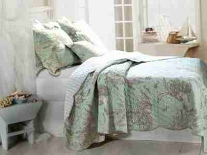 Bora Bora  Quilt King Size With 2 Shams, Handmade King Quilt Brand Greenland Home fashions