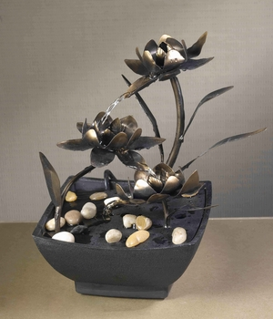 Cadono Metal Flower Tabletop Fountain with 5 metre Cord Brand Zest
