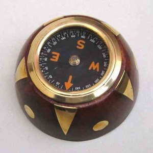 Compass Wooden With Brass Inlay Beautifully Carved Decor Piece Brand IOTC