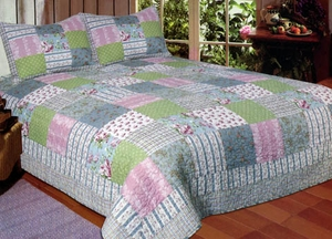 Country Flowers 100% Cotton Sham in Flower Pattern by American Hometex