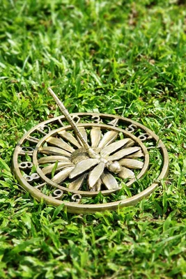 Dragonfly Sundial Unique Garden Statue That Makes Your Space Special Brand SPI-HOME