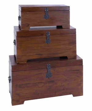 Elegant and Classy Mahogany Wooden Trunk in Brown Set of 3 Brand Woodland
