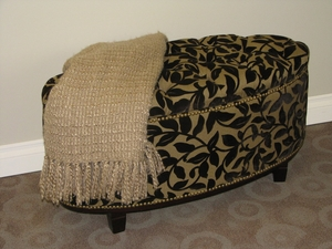 Elegant and Comfy Ottoman Bench with Lift able Seat by 4D Concepts