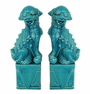 Fabulous styled 2 Assorted Foo Dog by Three Hands Corp