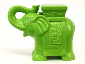 Finely Polished and Designed Wonderful Ceramic Elephant Figurine
