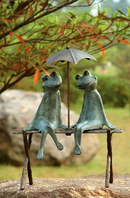 Frog Lovers Garden Sculpture Reflects Different Sense Of Garden Decor Brand SPI-HOME