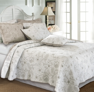 Hibiscus Feather Grey Cotton Quilt Queen Set, 90 X 90 Inch Brand Greenland Home fashions