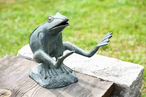 Leaping Garden Frog To Entertain The Visitors With Unique Design Brand SPI-HOME