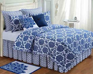 Oversized Queen Quilt - Davenport Luxury Quilt With Dahlia Flowers Brand C&F