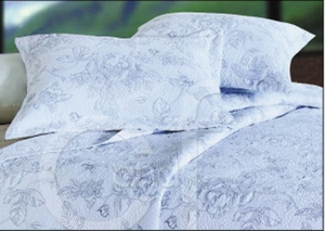 Oversized Queen Quilt - Delicate Silver Camellia Style Luxury Bed Brand C&F