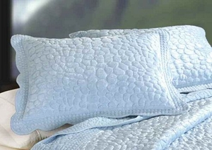 Oversized Queen Quilt - Luxury Bed With Cool Blue Creek Pebbles Brand C&F