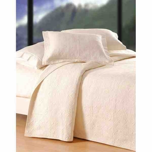 Oversized Twin Quilt - Jacqueline Style Bedding For Soft Luxury Brand C&F