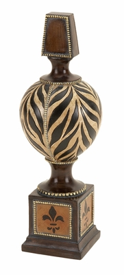 Poly Resin Finial D�cor with Floral Prints on Four Sides Brand Woodland
