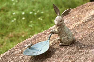Rabbit And Leaf Bird Feeder Can Be Used As Birds Bath Tray Also Brand SPI-HOME