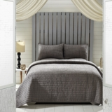 Rochelle Grey Queen Set; 1-Quilt 90x90 w/2 Shams 21x27