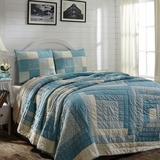 "Sea Cottage Queen Quilt Set 90x90"" w/2 Standard Shams"